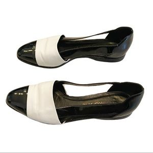 Vintage black and white patent leather flats